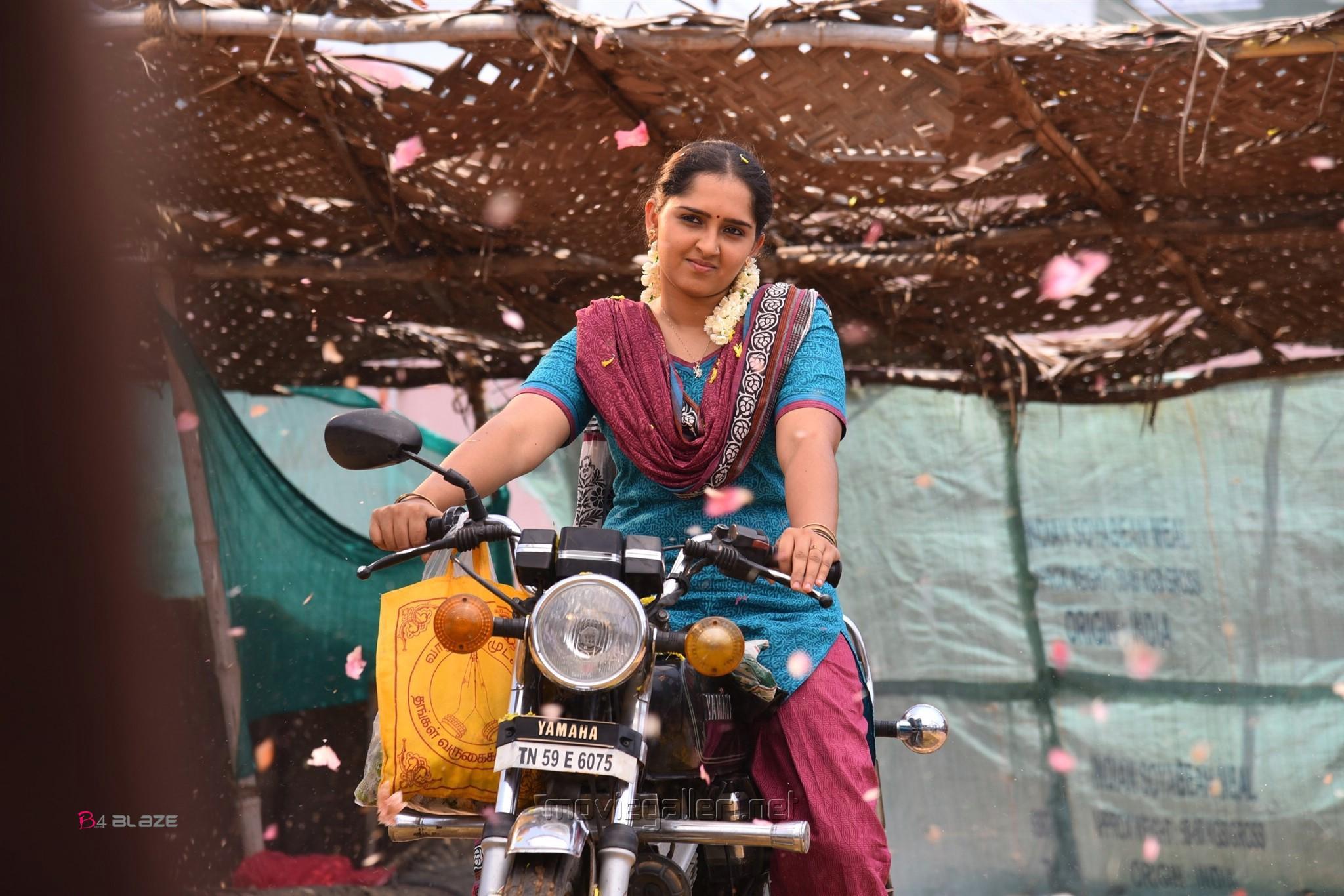 Actress Sanusha in Kodi Veeran Movie Stills HD