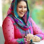 Thesni Khan Biography