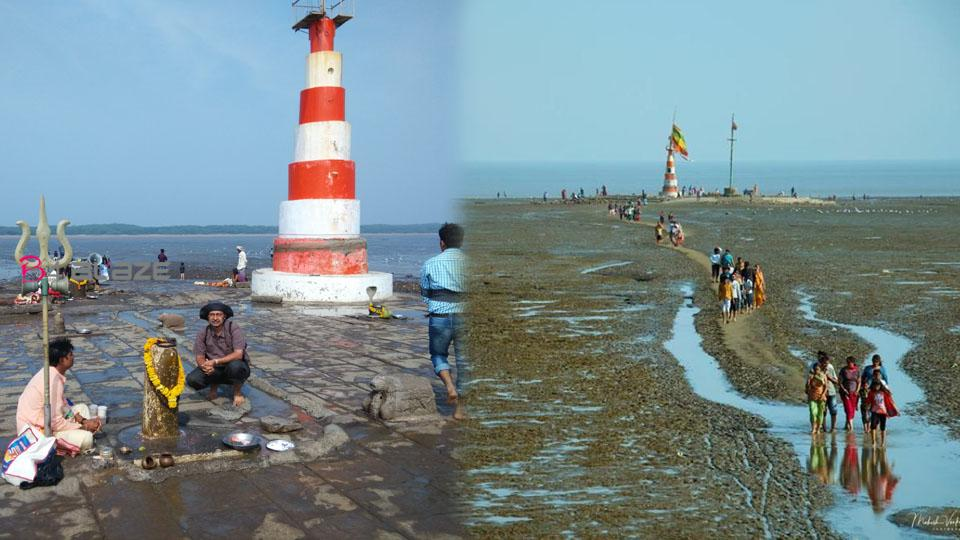 A temple inside the sea, For the devotees visiting the Darshan sea is diverting, Know the full details about this Temples