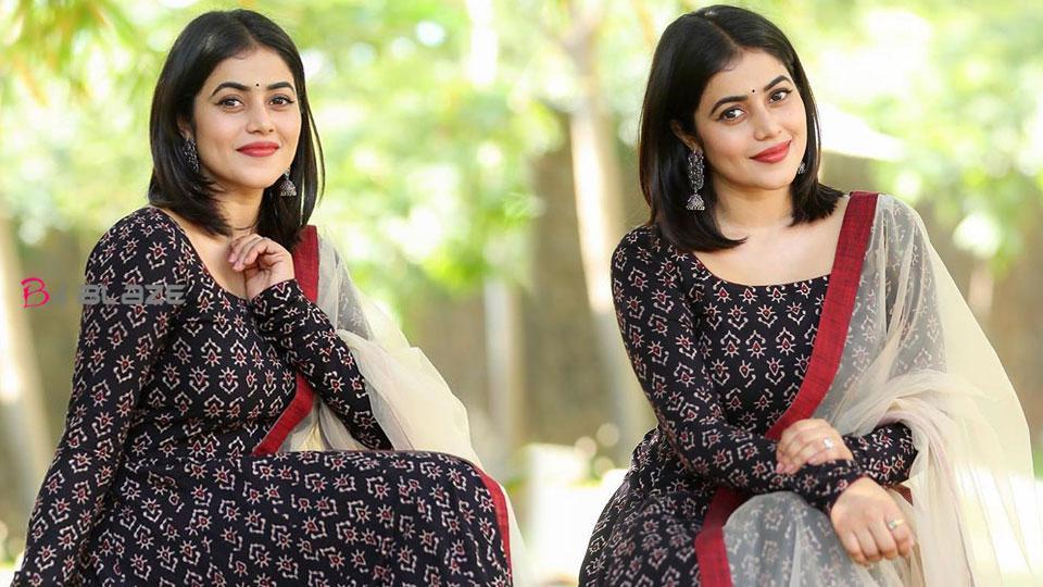 Shamna Kasim challenge to mother