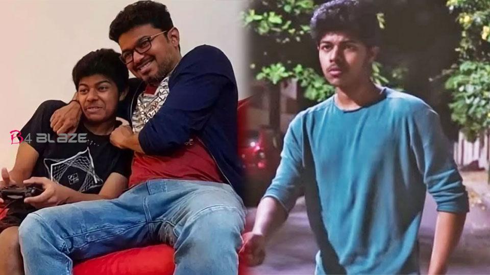 Vijay's-son's-new-dance-wit