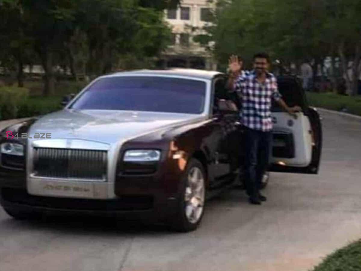 Vijay-Thalapathy-Rolls-Royce